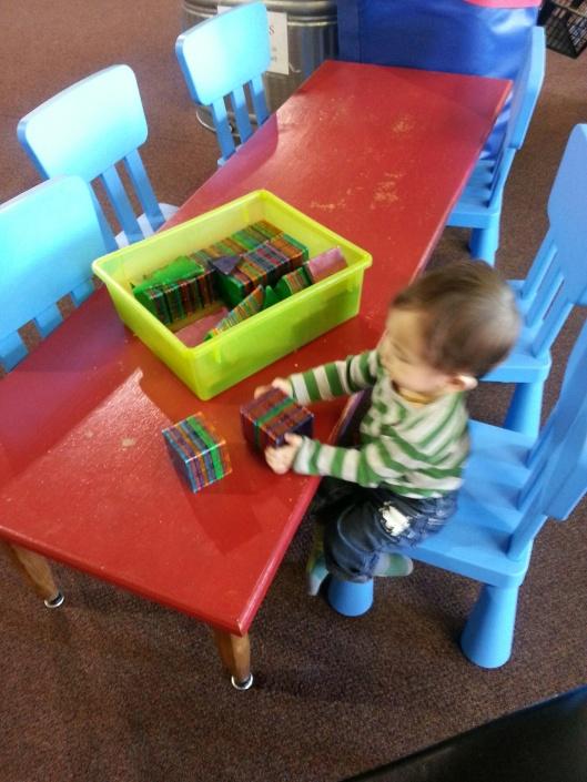 Bouncing Magna Tiles